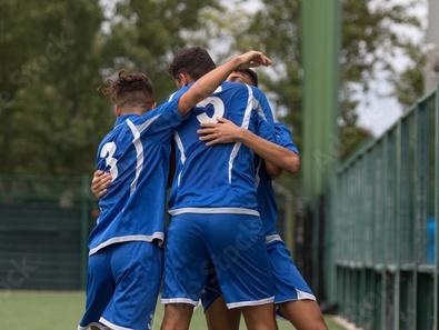 Prefeitura cria 'Escolinha de Futebol' gratuita para crianças e jovens