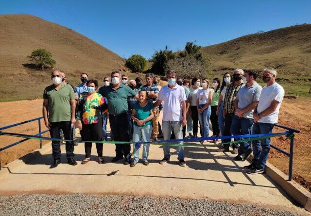 Prefeitura Municipal de Miradouro, Gestão 2021-2024, através da Secretaria Municipal de Obras inaugurou a Ponte José da Silva Barros (Ponte do Córrego dos Gomes)